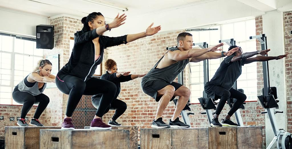 group fitness box jumps
