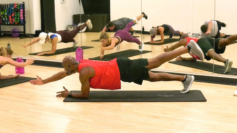 best calisthenics exercises 30 Min Core & Calisthenics